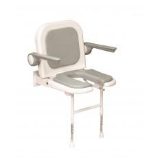 Sedile imbottito con schienale braccioli e seduta aperta